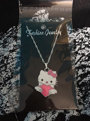 Childs Hello Kitty With Heart Necklace