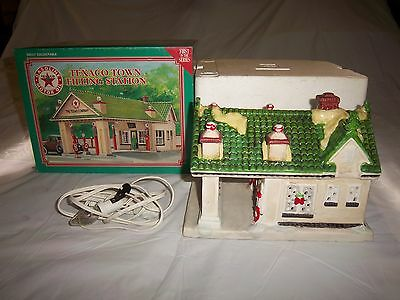 1995 Texaco Town Filling Station Lighted,1st In Limited Edition Series,Ceramic