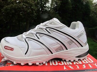 WOW  CRICKET DEAL Gray Nicolls  PLAYERS  rubber Mens Cricket Shoes uk 8.5 9  9.5