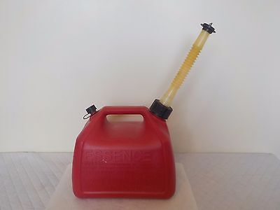 Rubbermaid 1 1/2 Gallon Pre Ban Vented Gas Can Model 1216