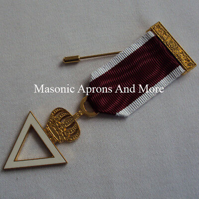 Royal And Select Grand Officers Breast Jewel