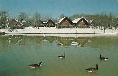 """Vintage collectible 3.5"""" x 5.5"""" POSTCARD winter Chalets at Heritage USA"""