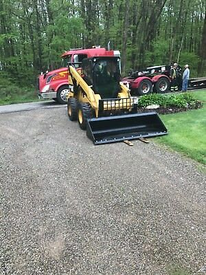 2013 CATERPILLAR 272D Skid Steer Loader