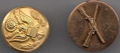 Vintage WW11 2 brass buttons