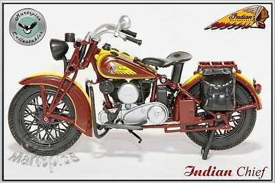 1:12 Scale Diecast Indian Chief Collectable Motorcycle Model By New Ray