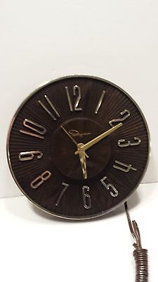 VINTAGE INGRAHAM Clock Gold and Silver Accents Working Brown Plastic Retro