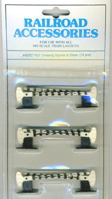 HO Scale Bachmann ONLY Crossing Gates In New Condition