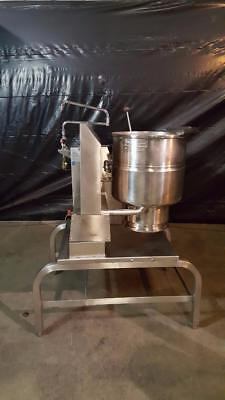 Groen TDH-40 Gas 40 Qt. Steam Kettle w/ Stand