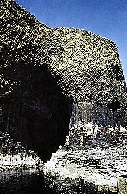 Fingal's Cave : Staffa