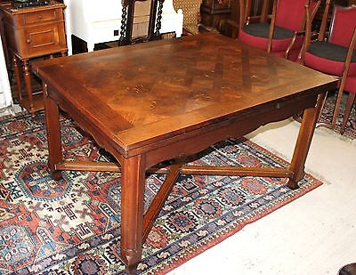 Beautiful French Antique Oak Louis XV Draw Leaf Table.