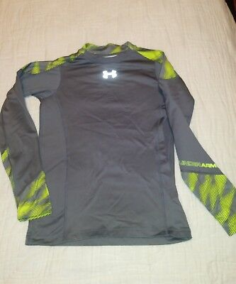 Under Armor Coldgear fitted Youth large