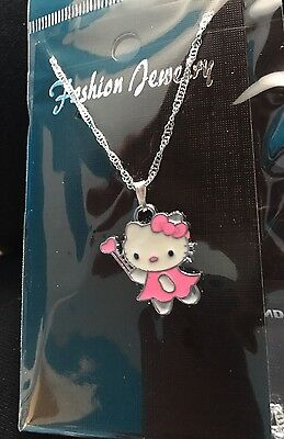 Hello Kitty Child's Necklace,Pink Heart On Wand Valentines