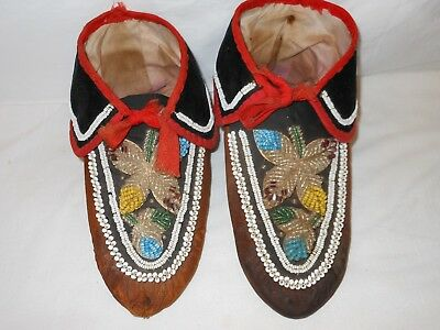 Early Beaded Eastern Woodland Mohawk Indian Moccasins