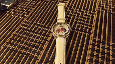 disney minnie mouse watch/used.