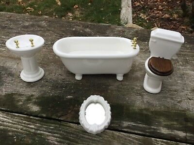 Dollhouse Miniature Bathroom Porcelain Ceramic Fixtures Tub Toilet Sink Mirror