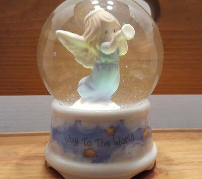 Precious Moments Snow Globe Music Box Angel  Plays Joy To The World 1996 Enesco