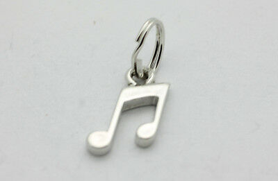 Sterling Silver Small 17x8mm Simple says Mum Charm!