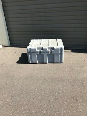 """Pelican Hardigg 38x27x19"""" Military Hard Case Shipping Container w/ wheels"""