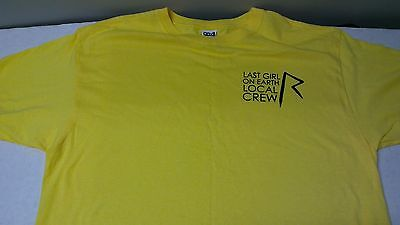 RIHANNA, 2010 Last Girl on Earth, local crew shirt, unused
