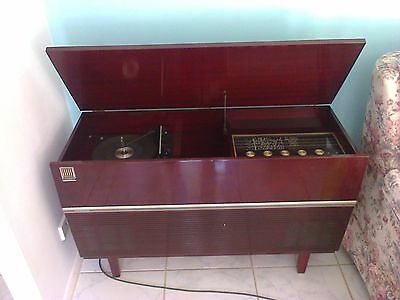 Kriesler AM Stereo Record Player