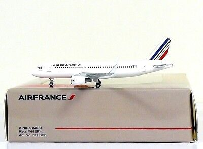 Herpa Wings Air France Airbus A320 1:500 Registration F-HEPH (530606)