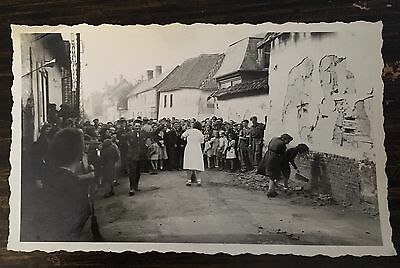 WW ll Photo French Women Collaborators Before Bald Head Parade Authentic Photo