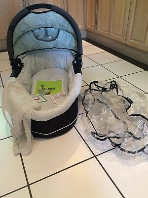 Quinny Buzz Carry Cot With Rain Cover And Mosquito Net