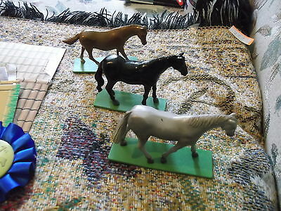 """Lot of 3  hard plastic 4"""" model horses with cardboard stable, ribbon & pic frame"""