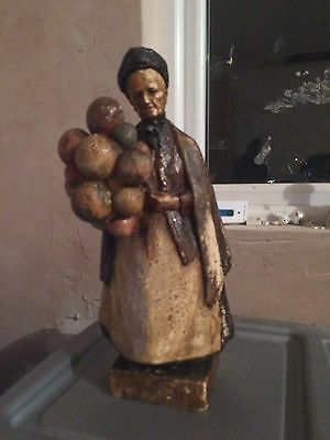 Large Pottery Unmarked Balloon seller Woman - general wear