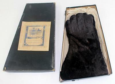 Rare c.1893 Rendigs - Davaillon Co. Leather & Fur Gloves in Original Store Box