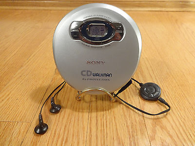 Sony D-EJ815 CD Walkman Portable Compact Disc Player BACKLIT DISPLAY TESTED 100%