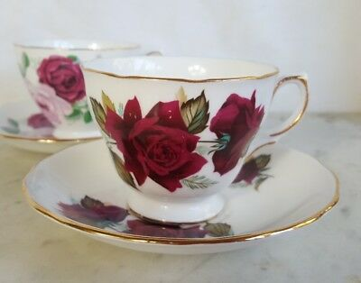 Pair of Elegant Vintage Royal Vale Duos - Cups and Saucers