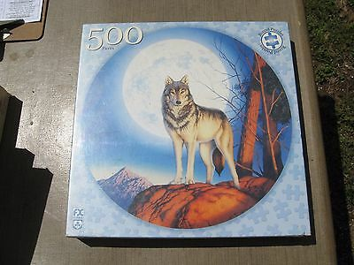 """Wolf Themed Jigsaw Puzzle """"Timber Wolf"""" 500 pieces - Round - New in Sealed Box"""