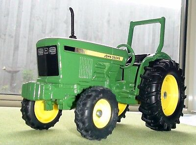 1978 John Deere Compact Utility Series Tractor Diecast Scale 1/16 Ertl New