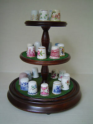 Set of 25 Franklin Mint Thimbles of the World's Greatest Porcelain Houses