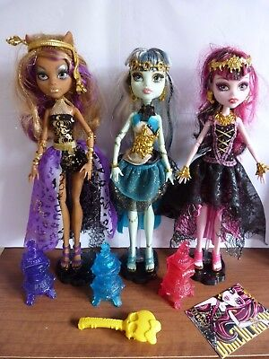 13 Wishes Clawdeen, Frankie Stein, Draculaura, Stands & Accessories Monster High