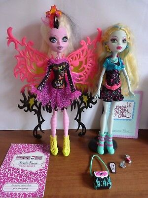 Bonita Femur, Lagoona Blue, Stand, Diary, & Accessories Monster High Dolls