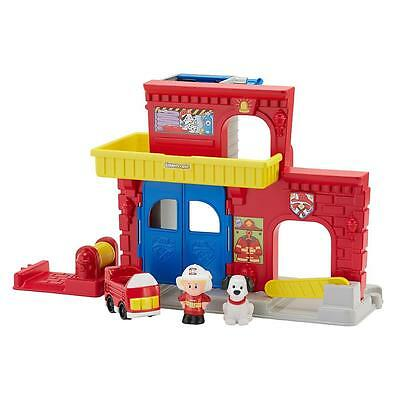 Fisher Price Little People Fire Station Play Set  With Eddie & Pup Figures New