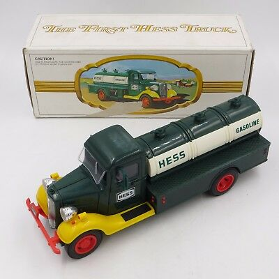 1982 THE FIRST HESS TRUCK In it's Original Box Toy Truck §§