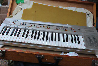 Vintage-Casio-Casiotone-CT-310-Keyboard   in case