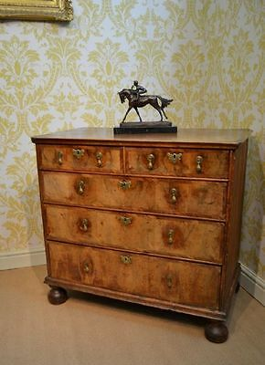 Fabulous George I Walnut Chest of Drawers with decorative crossbanding
