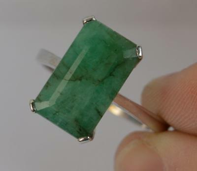 Large 7ct Emerald 14ct White Gold Solitaire Panel Ring d0706