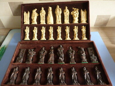 Studio Anne Carlton (SAC) French Revolution Chess Set