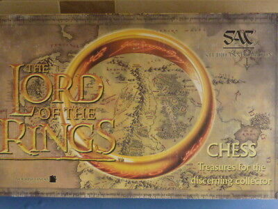 Studio Anne Carlton (SAC) Lord of the Rings Chess Set