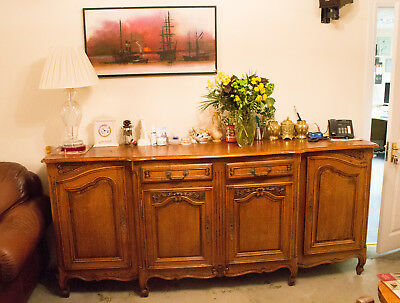 Stunning Quality Early 20th Century French Louis XV Style Grand Sideboard oak