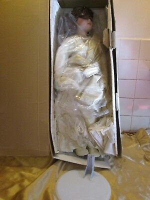 """World Gallery Collection Porcelain Doll! Antoinette! 28"""" Limited Edition! #192"""