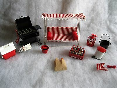 """VINTAGE MINIATURE DOLLHOUSE 1"""" to 1' LOT OF PATIO/GARDEN FURNITURE & ACCESSORIES"""
