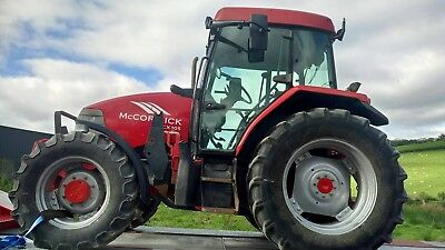 mccormick cx105 4wd tractor and trima loader not a mini digger excavator