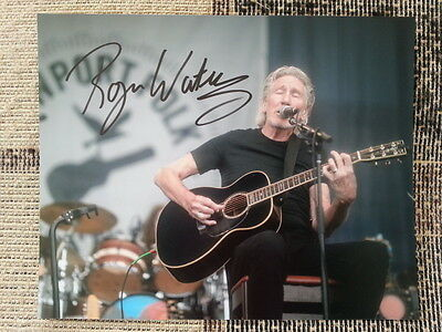 Roger Waters Pink Floyd Original Hand Signed Autograph 8 x 10 Photo with COA