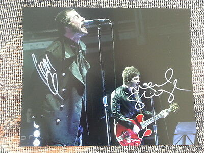 Noel & Liam Gallagher Oasis Hand Signed Autograph 8 x 10 Photo with COA